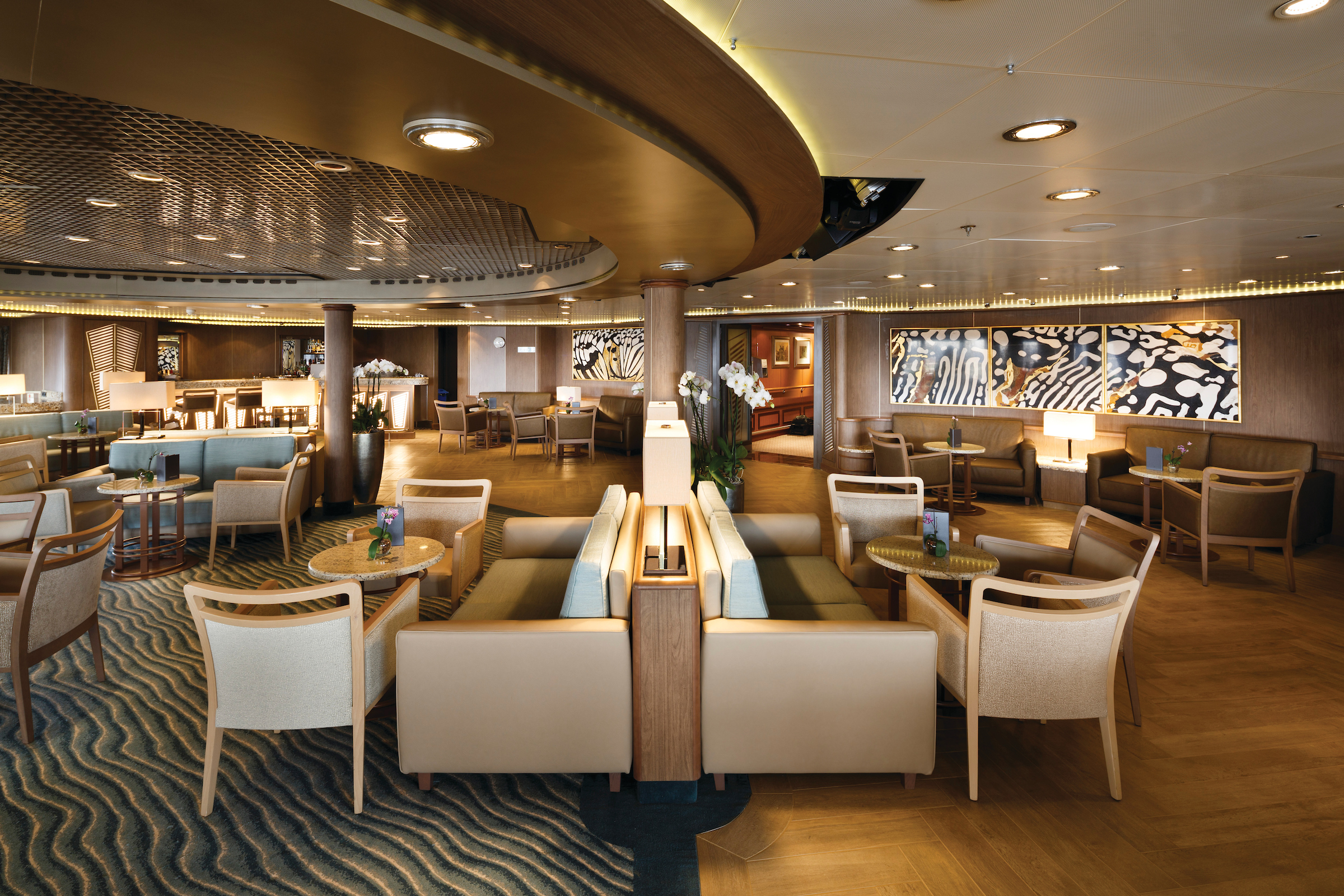 Panorama Lounge, Silver Spirit