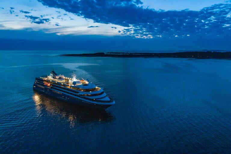 navire atlas ocean voyages